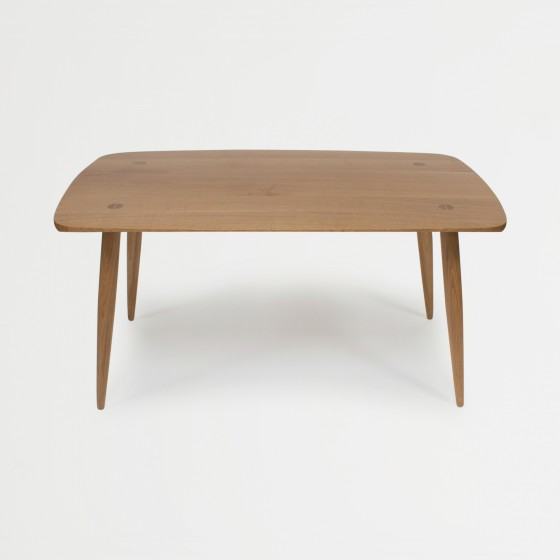 Holton-Dining-table-rect-feature